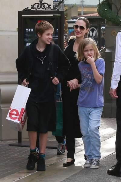 Shiloh Jolie-Pitt, ici en décembre 2018,  est élevée par sa mère depuis la séparation de ses parents en 2016
