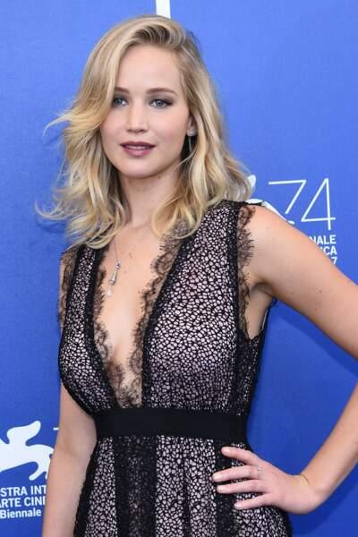 Jennifer Lawrence a testé tous les styles mais le carré mi-long lui va le mieux