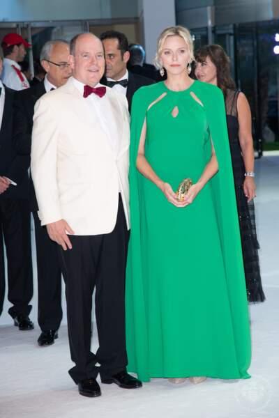 Albert et Charlene de Monaco accueillaient le 71e Gala de la Croix-Rouge au sporting Monte Carlo