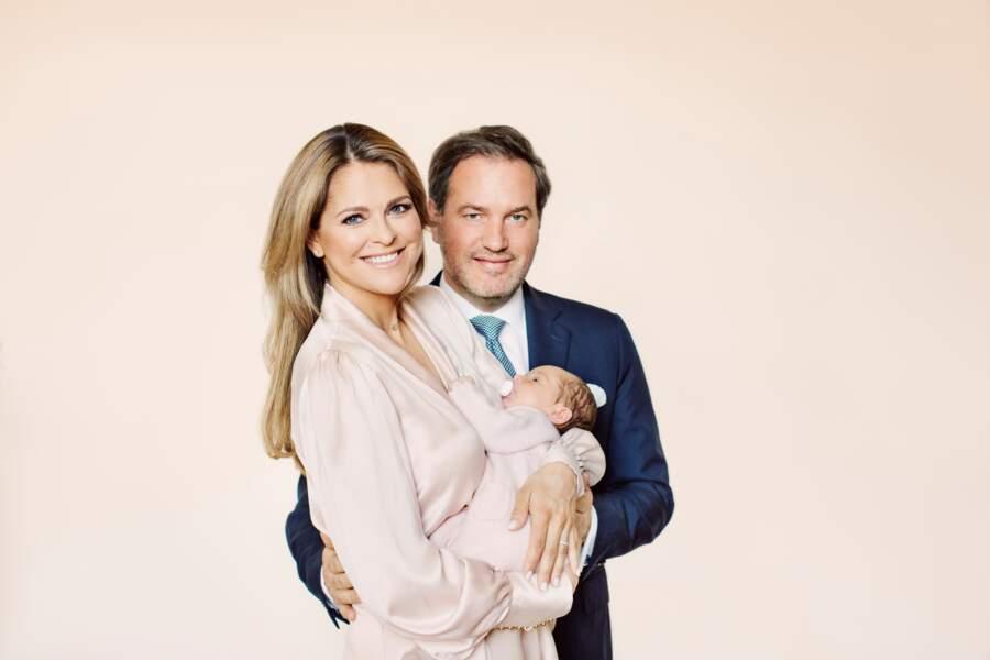 La princesse Madeleine de Suède, son mari Christopher O'Neill et leur fille Adrienne, née le 9 mars 2018