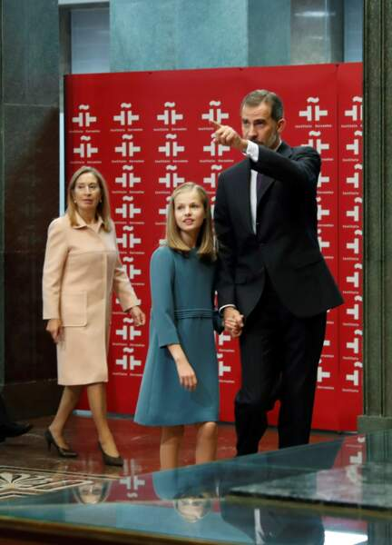 Leonor et son papa Felipe, très fier après le premier discours public de sa fille le 31 octobre 2018