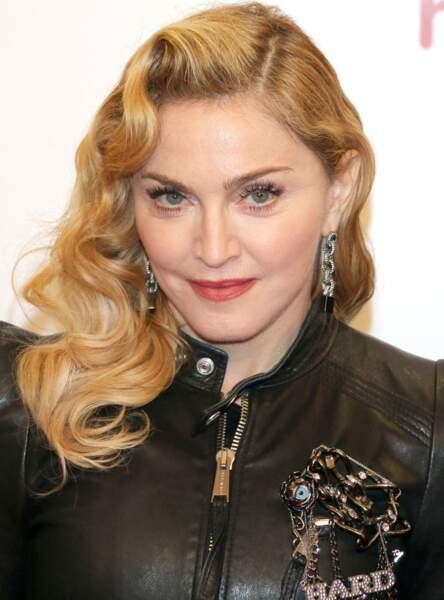 Un brushing rétro comme Madonna