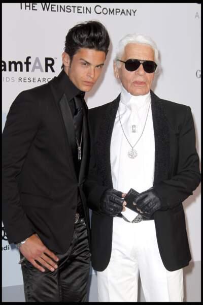 Baptiste Giabiconi et Karl Lagerfeld à la soirée AZ au VIP Room à Paris