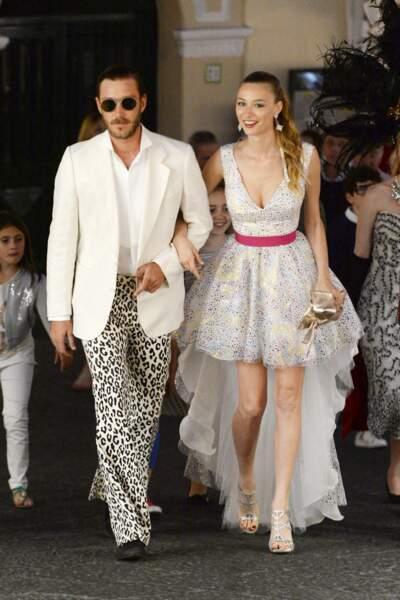 """Pierre Casiraghi et sa femme Beatrice Borromeo, en costumes très folkloriques, se rendent à la """"The Closure Party"""""""