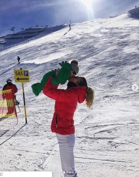 Camille Schneiderlin et Maé à la montagne