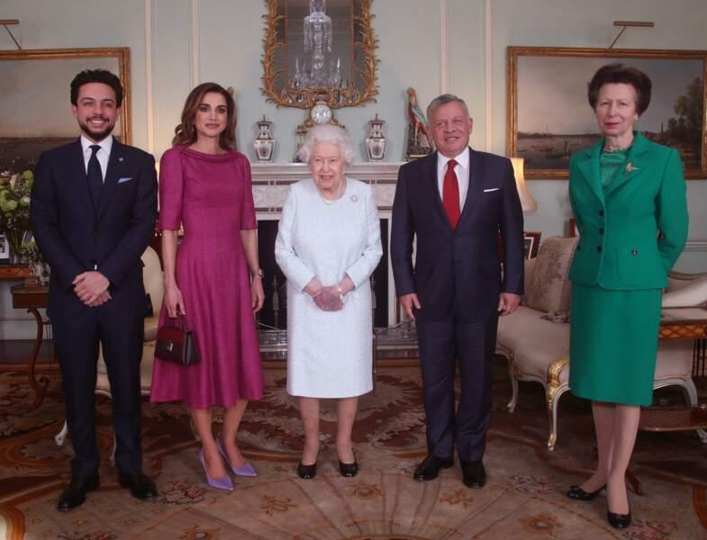 La reine Elizabeth II en audience avec le roi Abdallah II de Jordanie et la reine Rania