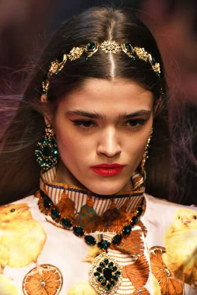 Un headband scintillant façon Dolce & Gabbana