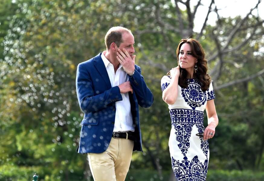 Le prince William et Kate Middleton lors d'une visite au Taj Mahal le 16 Avril 2016