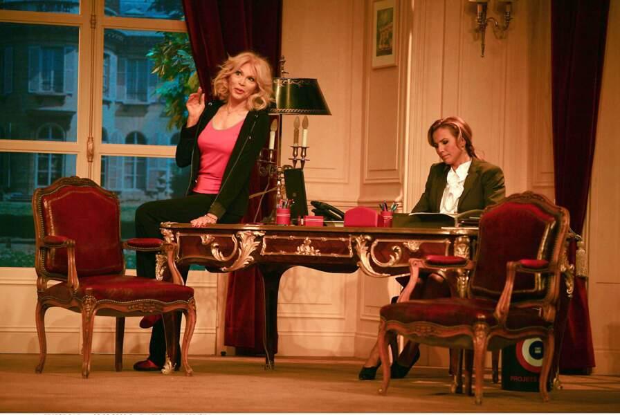 Comédienne dans la pièce Panique au Ministère, en 2009.