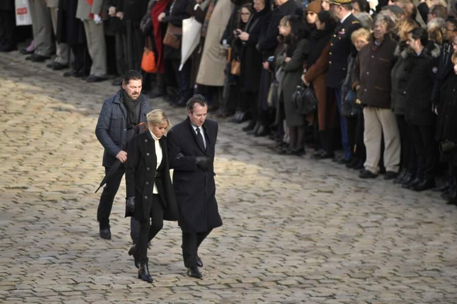 Arrivée de Brigitte Macron à la cérémonie d'hommage national à Jean d'Ormesson aux Invalides
