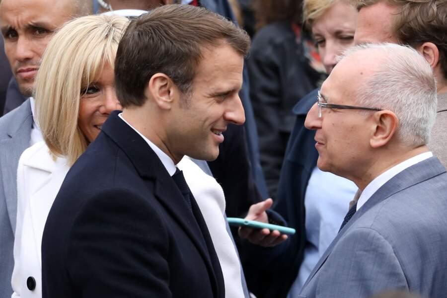On ignore encore l'identité du garde-du-corps de Brigitte et Emmanuel Macron au Touquet