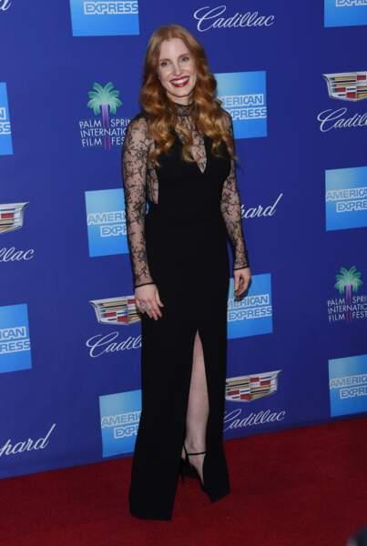 Jessica Chastain sublime en robe en dentelle noire signée Givenchy