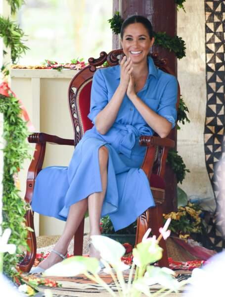 Meghan Markle sublime en robe bleue