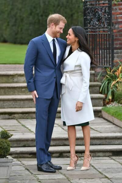 Le prince Harry et Meghan Markle annoncent leurs fiançailles