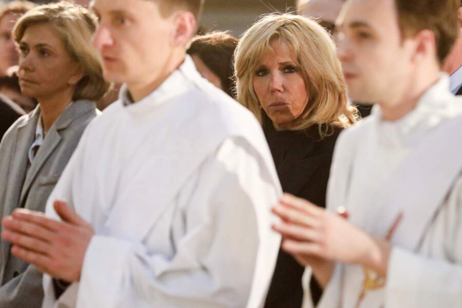 La première dame Brigitte Macron lors de la la messe chrismale dans l'église Saint-Sulpice à Paris