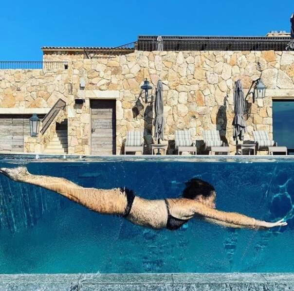 Maman de deux enfants, Alessandra Sublet affiche un corps de rêve dans son bikini noir
