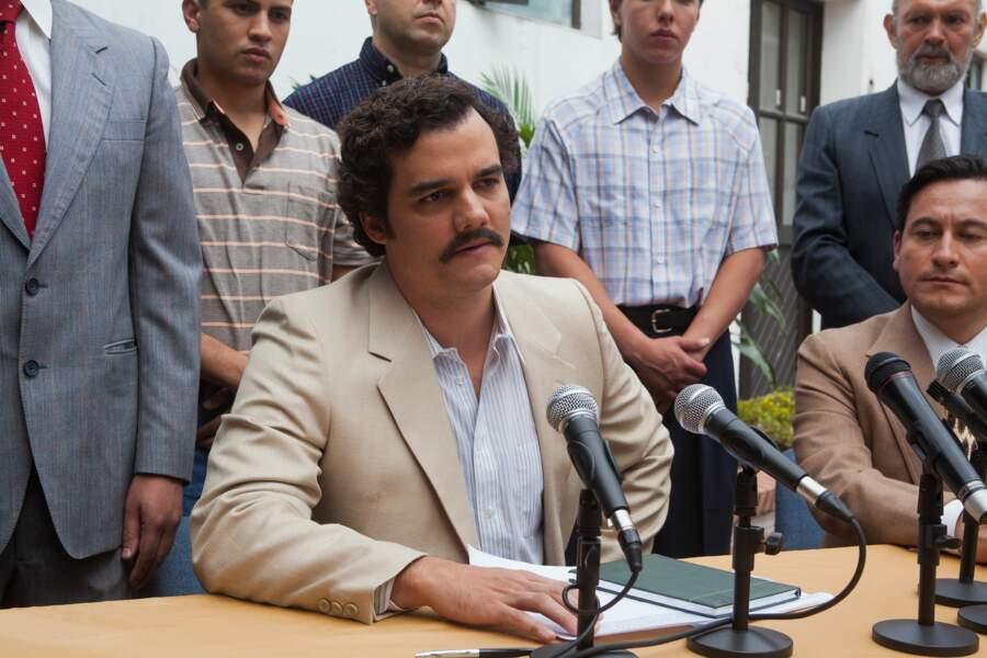 """Wagner Moura interprète le célèbre trafiquant colombien Pablo Escobar dans la série de Netflix """"Narcos"""""""