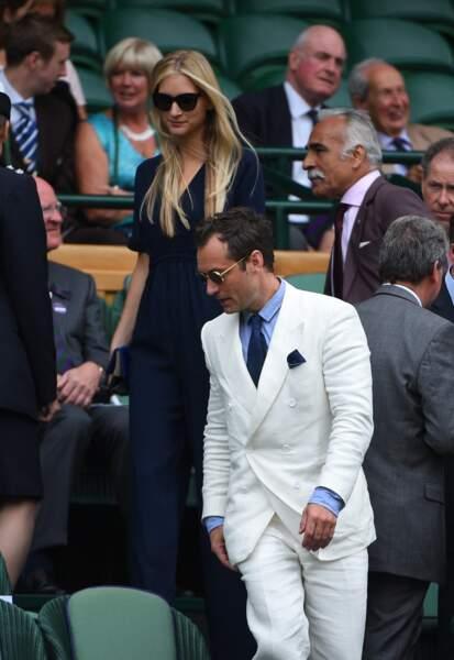 Jude Law, 46 ans et sa compagne Phillipa Coan, 32 ans, à Wimbledon en juillet 2016