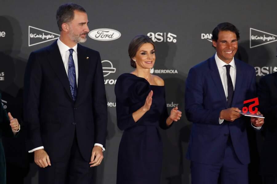 Le roi Felipe VI et la reine Letizia d'Espagne avec Rafael Nadal très souriants