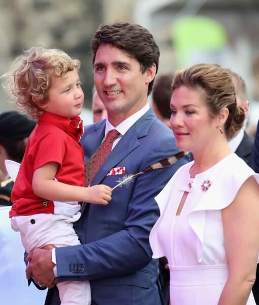 Justin Trudeaux avec sa femme, Sophie Grégoire et leur adorable troisième enfant, Hadrien