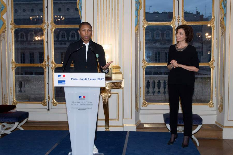 Pharrell Williams a tenu à faire un discours adressé aux jeunes.