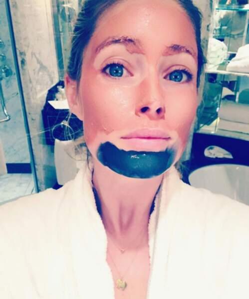 Doutzen Kroes, le Top reste canon même avec ces masques signés L'Oréal sur le visage !