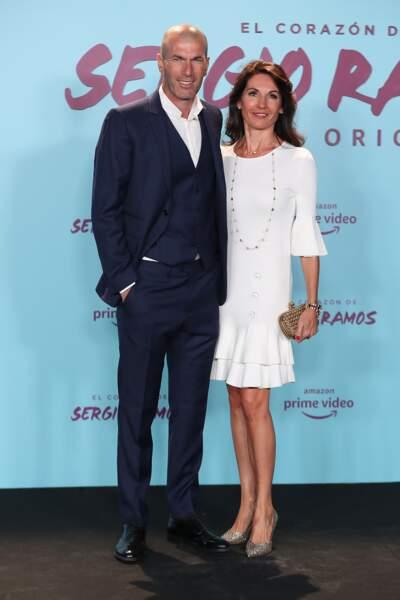 Zinedine Zidane et sa femme Véronique, très élégante en robe courte et escarpins