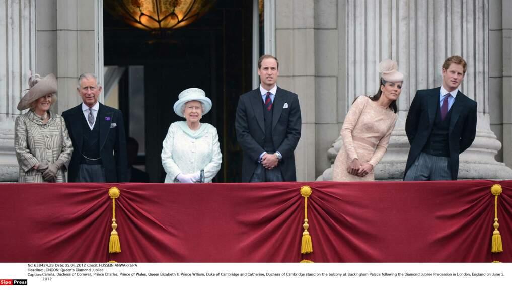 Le prince Harry n'est jamais loin de sa belle-soeur, ensemble ils ont bien du mal à garder leur sérieux