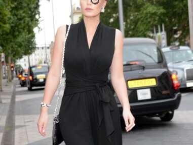 PHOTOS - Kitty Spencer la nièce de Diana choisit un look osé pour une soirée à Londres