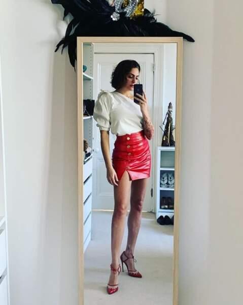 Les jolies gambettes de Jessica Pires sur Instagram