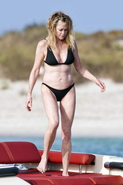 Melanie Griffith a été aperçue sur un yacht, le 4 juillet dernier aux Baléares