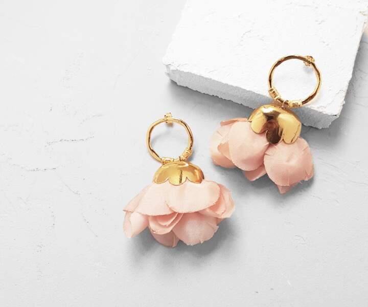 Boucles d'oreilles Dulcita Pink, Elise Tsikis, 155 €