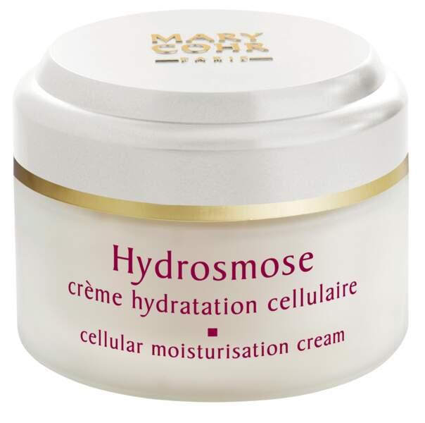 Iris Mittenaere utilise tous les jours la Crème Hydratation Cellulaire Hydrosmose de Mary Cohr