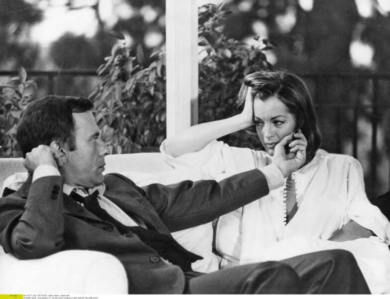 """Romy Schneider et Jean-Louis Trintignant sur le tournage du film """"Le Mouton enragé"""" en 1973"""