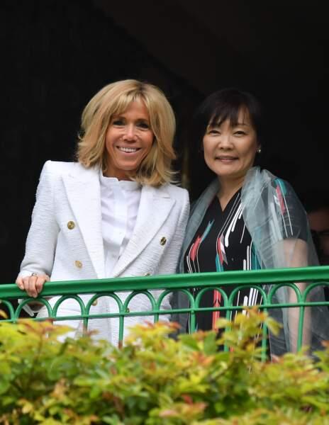 Brigitte Macron et Akie Abe, femme du premier ministre du Japon, chic à Giverny