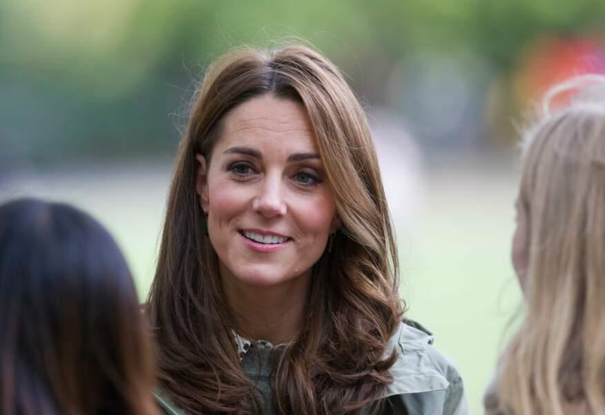 Kate Middleton radieuse avec un nouveau balayage ensoleillé