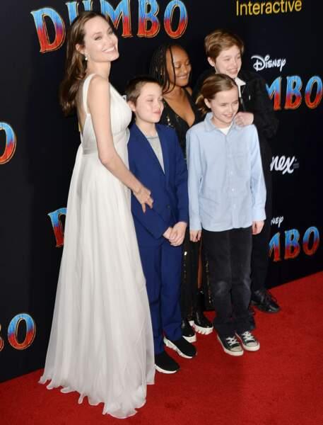 La tribu d'Angelina Jolie garde tout de même son âme d'enfant, puisqu'ils étaient à la première du prochain Disney