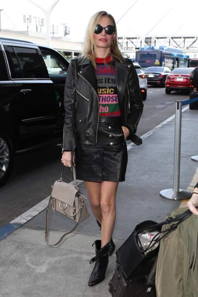 Kate Bosworth ose la jupe et le perfecto