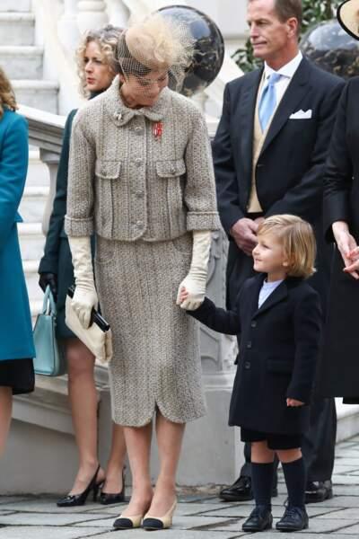 La princesse Caroline de Hanovre et son petit-fils Sacha Casiraghi en novembre 2016
