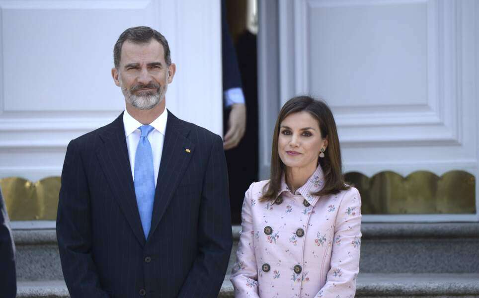 Letizia d'Espagne porte le carré parfait