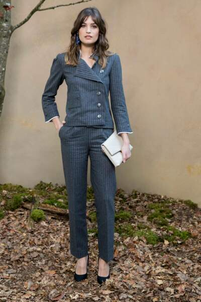 Alma Jodorowsky en total look Chanel