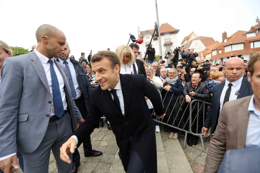 Depuis l'affaire Benalla, l'entourage de Brigitte et Emmanuel Macron répond à de rigoureux critères de sélection