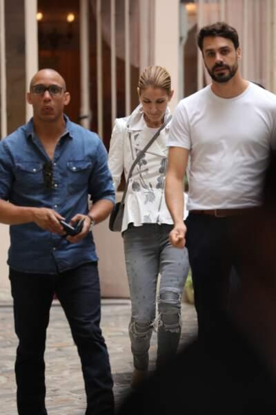 Céline Dion et son fidèle assistant quittent la boutique de Fifi Chachnil