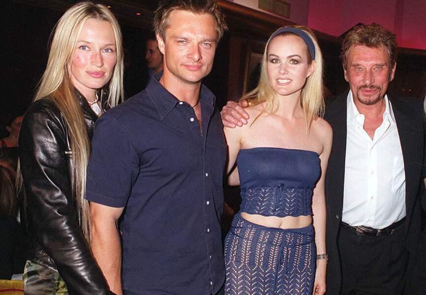 Septembre  1999, Johnny fête en famille ses 56 ans au VIP Room à Paris.