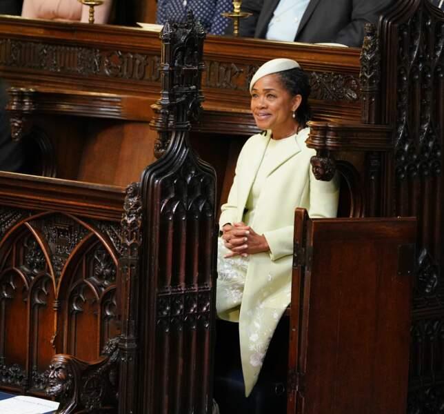 Doria Ragland patiente dans la chapelle