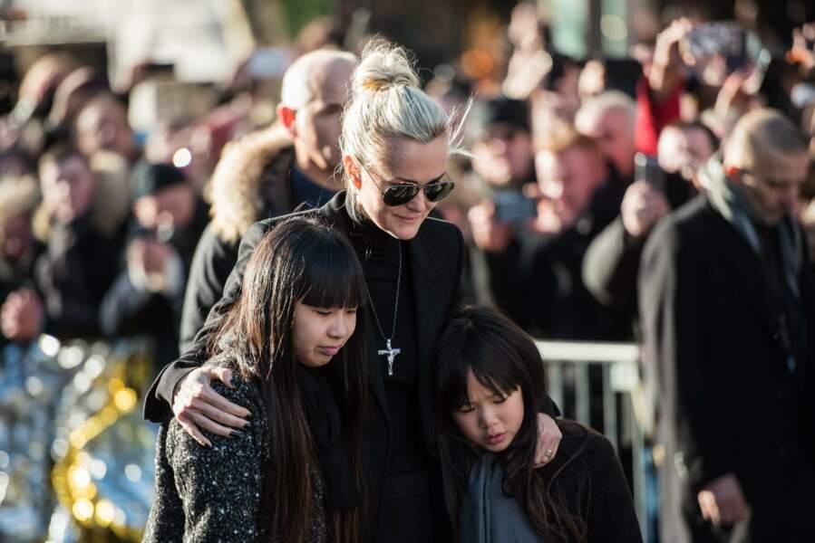 Laeticia et ses filles très proches