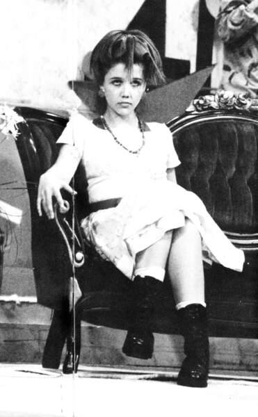 Maggie Gyllenhaal (1993)