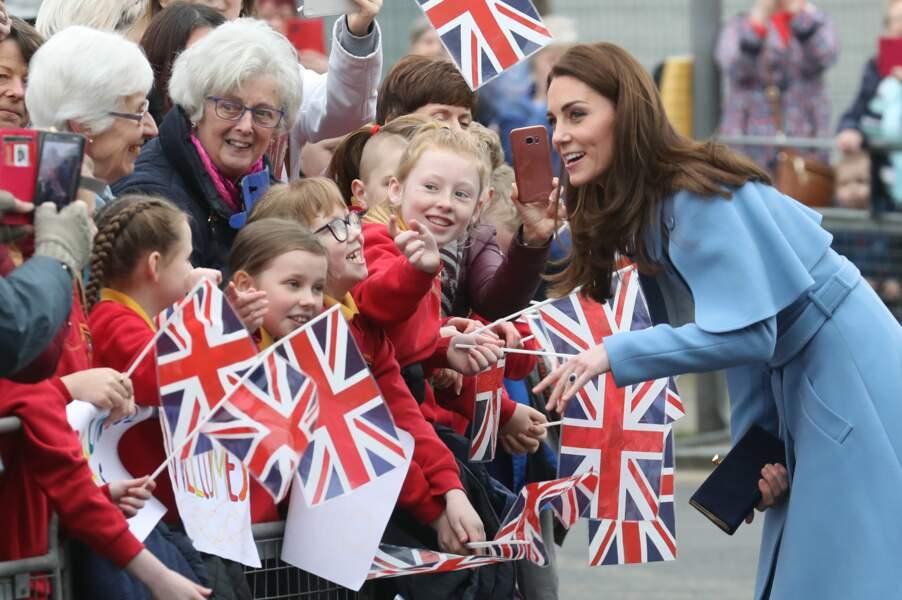 Kate Middleton, comparée à Mary Poppins, lors de sa visite en Irlande du Nord, le 28 février 2019.