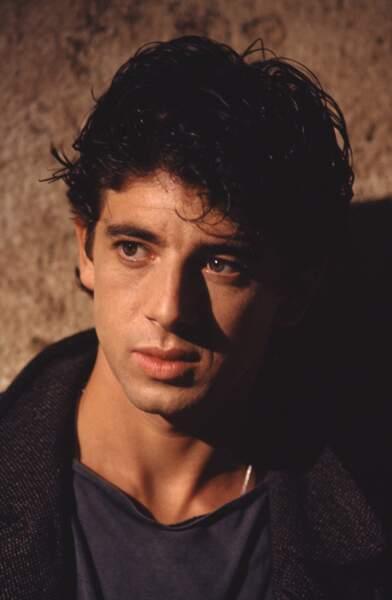 """Patrick Bruel, sur le tournage du clip de """"Casser la Voix"""" en 1989"""