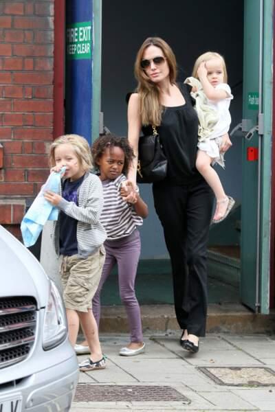 Angelina Jolie, maman au top!
